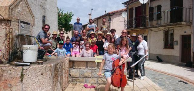 Nettoyage intergénérationnel et convivial à Tourette-du-Château